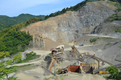 厳木平之砕石工場